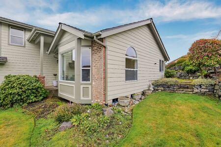 House exterior corner during Seattle winter - pacific northwest mild climate. Stock fotó