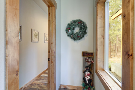 Interior of American country house with Christmas decor. Stockfoto - 114013255