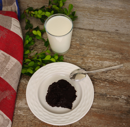 malted: Traditional finnish and Swedish Easter food - pudding, mammi, rye pudding with milk Stock Photo