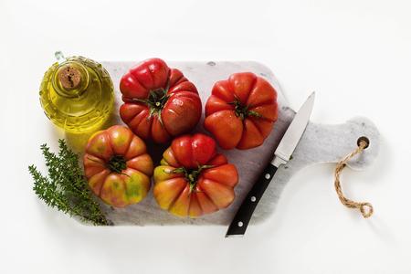 brandywine tomato on a white background Reklamní fotografie
