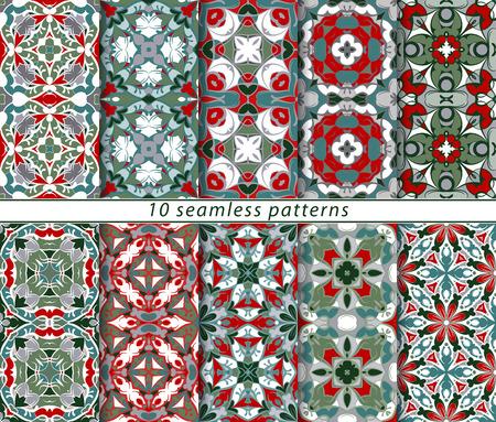 Stellen Sie nahtlose Muster im klassischen Stil für das Weihnachten oder festliche Geschenkpapier. Verzierungen mit orientalischen Motiven. Geeignet für Textilien, Scrapbooking oder Ihr Design. Vektor-Illustration. Standard-Bild - 64873503