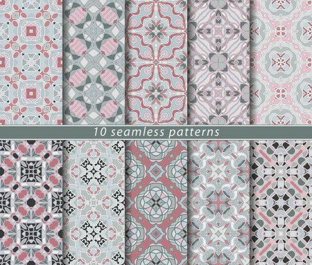 Ten seamless patterns. Symmetrical rectangular ornament in ethnic style. Arabic florid motif. Vectores