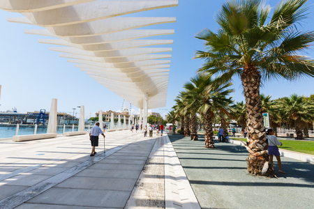 walkway Muelle Uno, sunshade running wave, palm park, people walk, Malaga