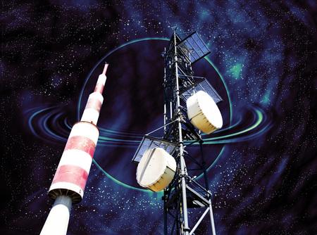 Torens met moderne communicatiemiddelen, verzameling van meteorologische gegevens tegen een futuristische hemel.