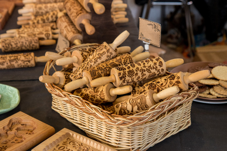 Premium Beech Wood Engraved Embossing Rolling Pins with Christmas Symbols for Homemade Christmas Cookies