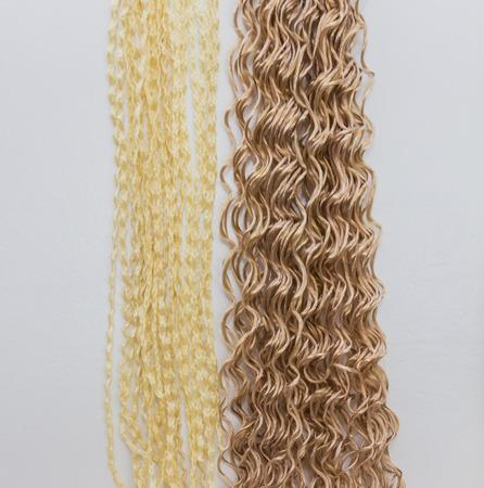 elongacion: materiales para la construcci�n de kanekalon trenzas africanas Foto de archivo