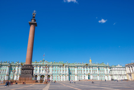 piter: ST PETERSBURG, RUSSIA - JULY 6, 2015: Alexander Column on Palace Square in St. Petersburg