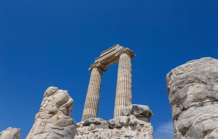 past civilization: Ruins the ancient Temple of Apollo in Didim, Turkey