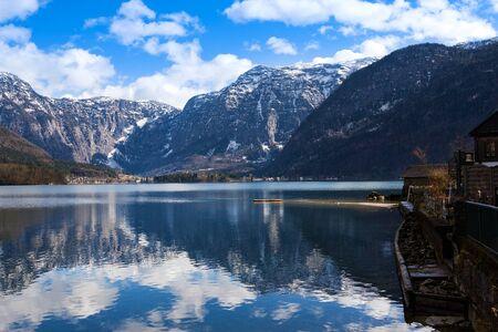 View idyllic Alpine mountains and lake. Sunny winter morning in Hallstatt, Austria, Europe Reklamní fotografie