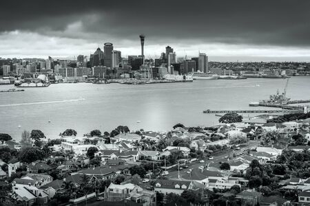 Retro-style, black and white photo of Auckland City downtown Standard-Bild