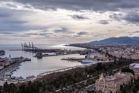 bilding: Malaga, Spain, view from the Castillo de Gibralfaro