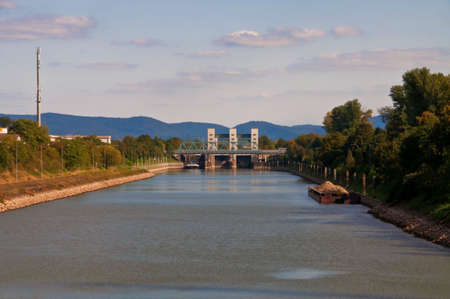 canal lock: canal lock in Mannheim