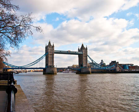 middle ages boat: tower bridge London Stock Photo