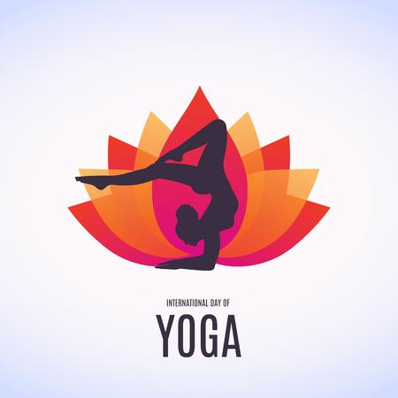 Silhouette of woman doing asana for International Yoga Day on 21st June. Lotos. Vettoriali