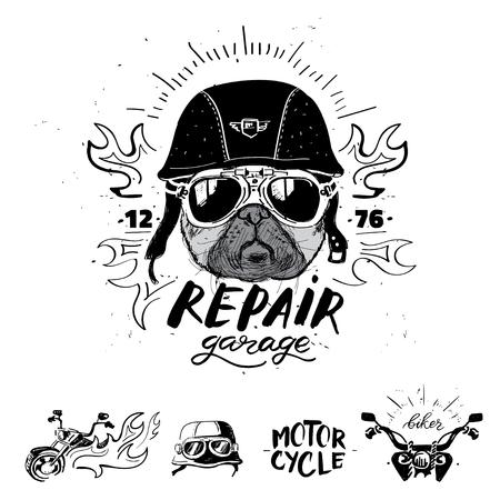 바이 커 pug 강아지입니다. 빈티지 오토바이 엠 블 럼, 레이블, 배지의 집합입니다.