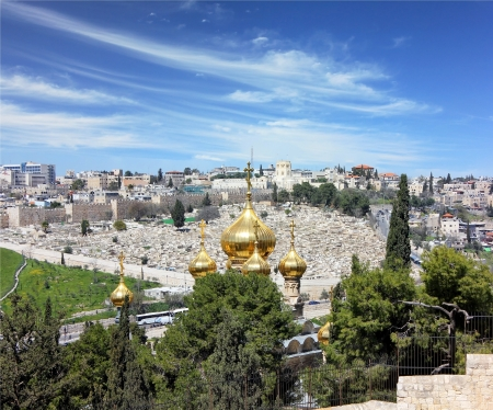view of Jerusalem from the top of the Mount of Olives.Golden domes of the Church of Mary Magdalene, the old cemetery and the city wall Stock Photo - 14264325