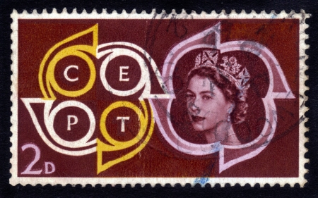 UNITED KINGDOM - CIRCA 1961  A stamp printed in UK   1087;  1086;  1082;  1072;  1079;  1099;  1074;  1072;  1077;  1090;   1087;  1086;  1088;  1090;  1088;  1077;  1090; of Queen Elizabeth II   CEPT Emblem  Conference of European Postal Telecommunicatio