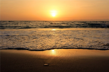 golden sunset on the shores of the Mediterranean Sea, Israel Stock Photo - 16007417