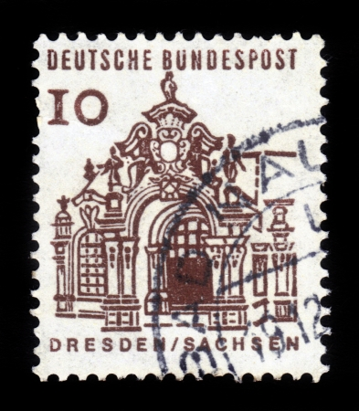 bundespost: GERMANY - CIRCA 1966  A stamp printed in Germany, shows Pavilion, Zwinger, Dresden, circa 1966