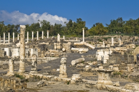 ancient Roman columns in archaeological site ,  Beit Shean , Israel Stock Photo - 16880373