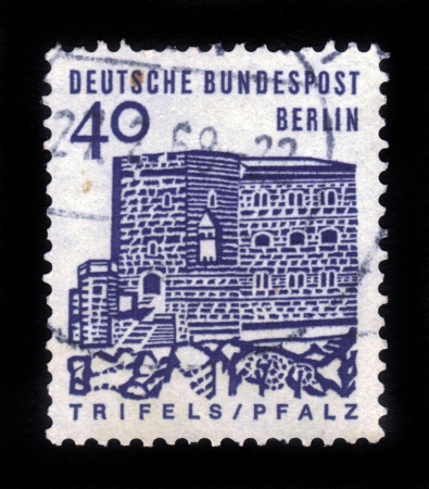 GERMANY - CIRCA 1964: A stamp printed in Germany shows Trifels Castle, Pfalz, circa 1964 Stock Photo - 16943115
