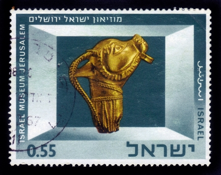 ISRAEL - CIRCA 1966  A stamp printed in Israel, shows Exhibits of the Israel Museum, Jerusalem  Bronze Panther Figurine , series, circa 1966 Stock Photo - 16944489