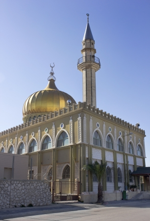 Mosque makam el nabi Sain in Nazaret, Israel   Here is the tomb of Sheikh Stock Photo - 16978094
