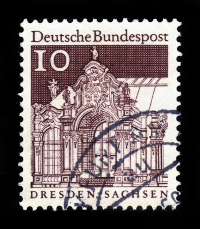 bundes: GERMANY - CIRCA 1966: A stamp printed in Germany, shows Pavilion, Zwinger, Dresden, circa 1966