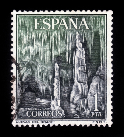 SPAIN - CIRCA 1964  a stamp printed in the Spain shows Dragon Caves, Majorca, Spain, circa 1964 Stock Photo - 18149763