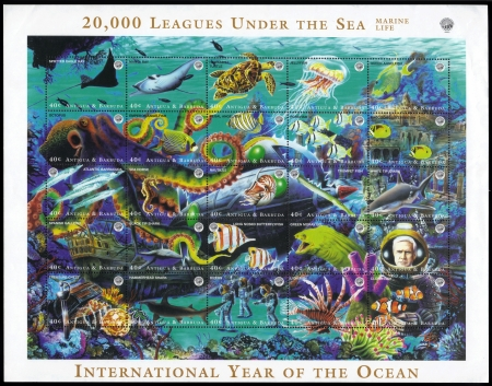 20,000 leagues under the sea Stock Photo - 20455090