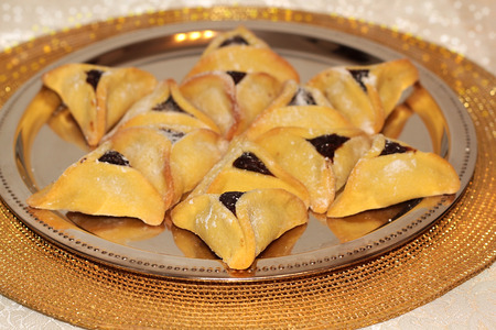 hamantasch: magen david made from Hamantaschen cookies for Jewish festival of Purim