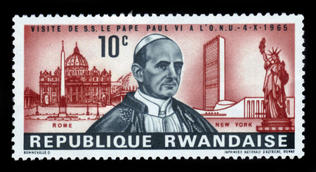 st peter s square: Rwanda - CIRCA 1965 A stamp printed in Rwanda showing Pope Paul VI on background St Peter s Square in Rome, building of the United Nations and the Statue of Liberty, circa 1965