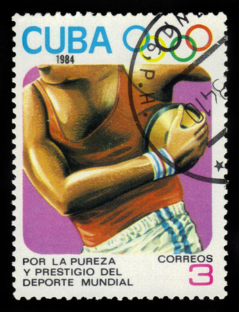 CUBA - CIRCA 1984: stamp printed by Cuba, shows Discus throwing, devoted to1984 Summer Olympics, Los Angeles, series, circa 1984.
