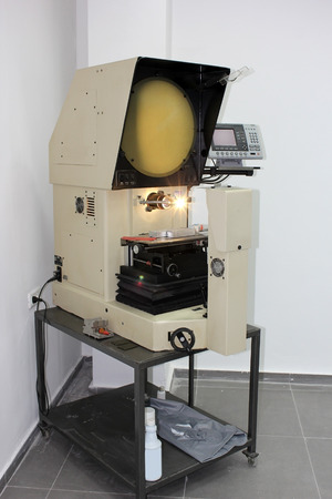 horizontal benchtop optical comparator -  modern electronic device for measuring