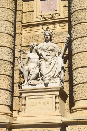 allegorical: allegorical statue of Europe on the facade of Museum of Natural History of Vienna (Naturhistorisches Museum Wien, circa 1889). Vienna, Austria