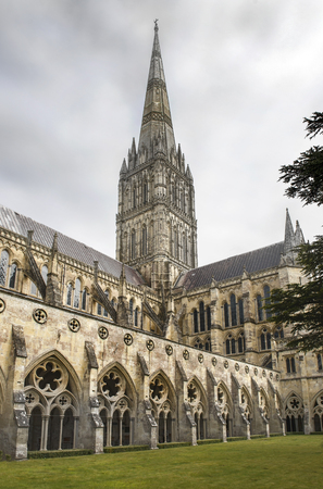 Salisbury Cathedral, formally known as the Cathedral Church of the Blessed Virgin Mary, is an anglican cathedral in Salisbury, England Stock Photo