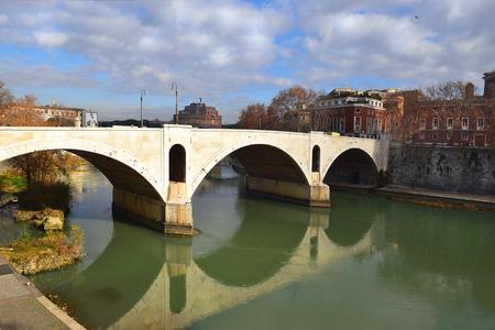 principe: Ponte Principe Amedeo Savoia Aosta, also known as Ponte Principe, bridge across the Tiber in Rome, Italy