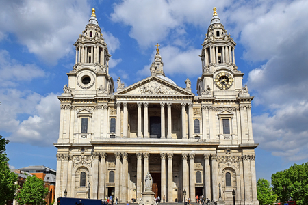 western facade of St. Paul Cathedral in London, UK Stock Photo