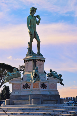 michelangelo: bronze statue of David in the center of the Piazzale Michelangelo, Florence, Tuscany, Italy