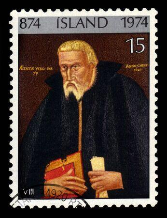 ICELAND - CIRCA 1974: A stamp printed in Iceland shows Bishop Thorlaksson of Holar, Gudbrandur Thorlaksson, icelandic mathematician, cartographer and clergyman, circa 1974 報道画像