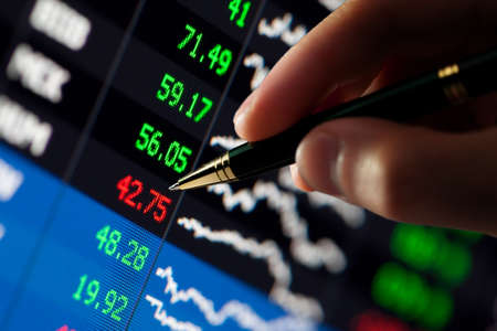 �hart on computer monitor, market's climbing, hand and pen pointer Stock Photo - 7478486