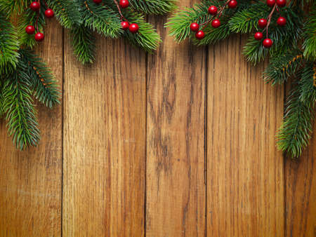weihnachten tanne: Weihnachten Tanne auf dem Holzbrett