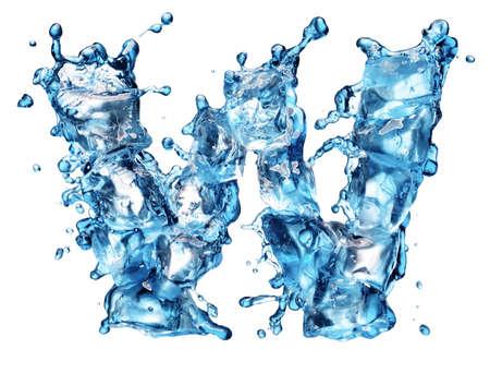 letter liquid water: el agua con el alfabeto de hielo aislados en blanco Foto de archivo