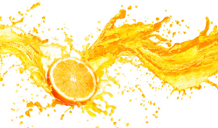 흰색 배경에 고립의 과일과 오렌지 주스 튀는