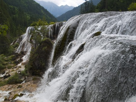 Pearl Waterfall in Jiuzhaigou, China Stock Photo - 7930499