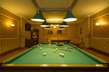 billiards room: A pool table in a Deluxe room Editorial