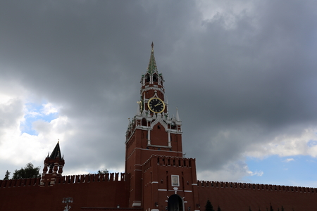 spasskaya: MOSCOW, RUSSIA - MAY 22, 2016: The Moscow Kremlin. Spasskaya tower with giant gold watch Editorial