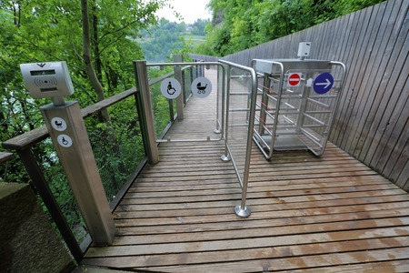 turnstile: Steel automatic turnstile with pointers to traverse a mountain path