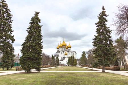 yaroslavl: YAROSLAVL, RUSSIA - APRIL 27, 2017: Cathedral of the Assumption. Built in 1215. Unique architectural decoration and heritage of the city Editorial