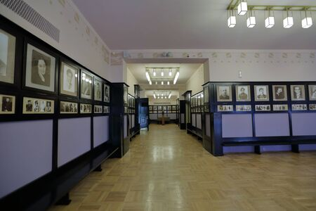 Moscow, Russia - August 25, 2019: Interior of the foyer of the Chekhov Art Theater Foto de archivo - 129381476